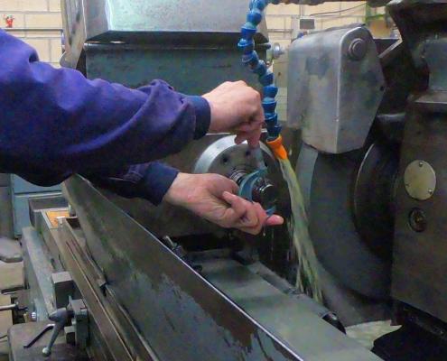 Rectificado de precisión convencional y CNC